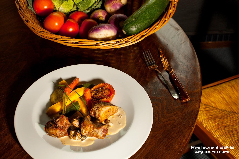 Assiette repas au 3842 avec l'altibox degustation